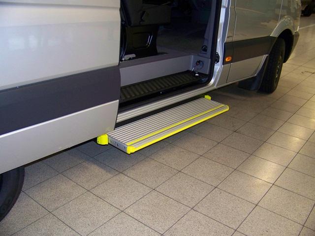 Daimler Steps