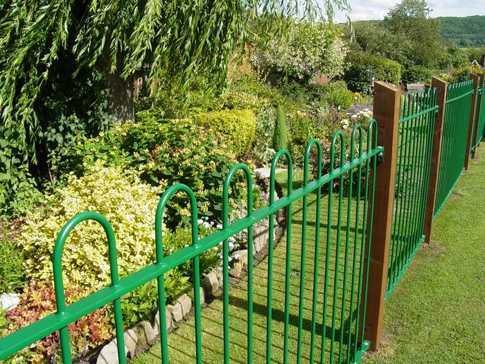 steel garden fencing